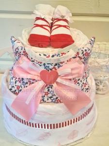 """Торт из памперсов для девочки """"Малышка"""""""