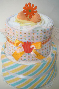 """Торт из памперсов """"Оранжевый цветочек"""""""